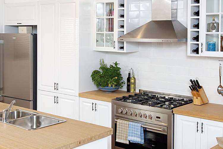 flat pack kitchens design blog - five tips for a larger looking kitchen