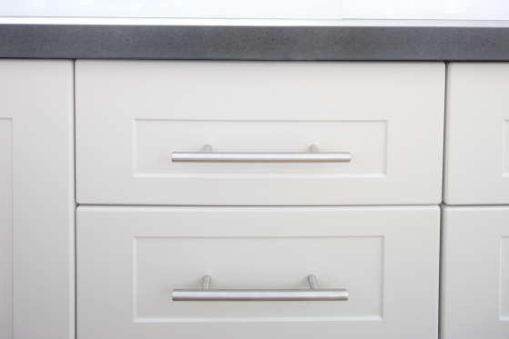 flat pack kitchens gallery - high profile t-pull handles