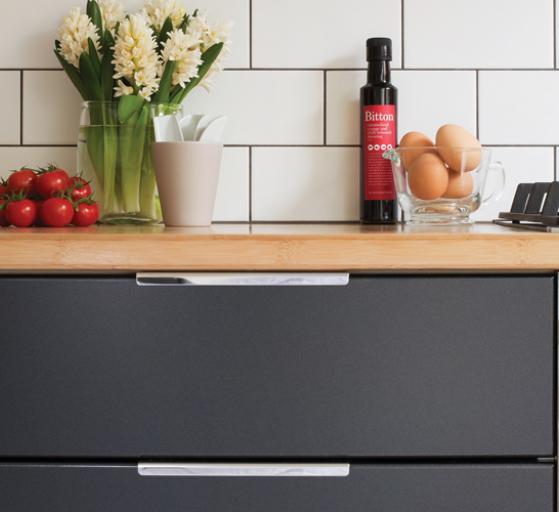 diy flat pack kitchens project management - kitchen handles