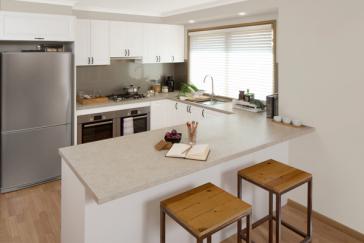 flat pack kitchens gallery - heritage charm hero