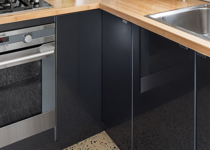 flat pack kitchens project management - kitchen doors and panels