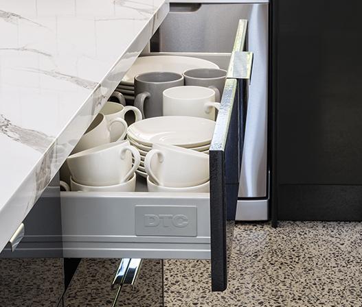 Superieur Kaboodle Kitchen 900mm Metal Sided Drawer Soft Close AU Detail