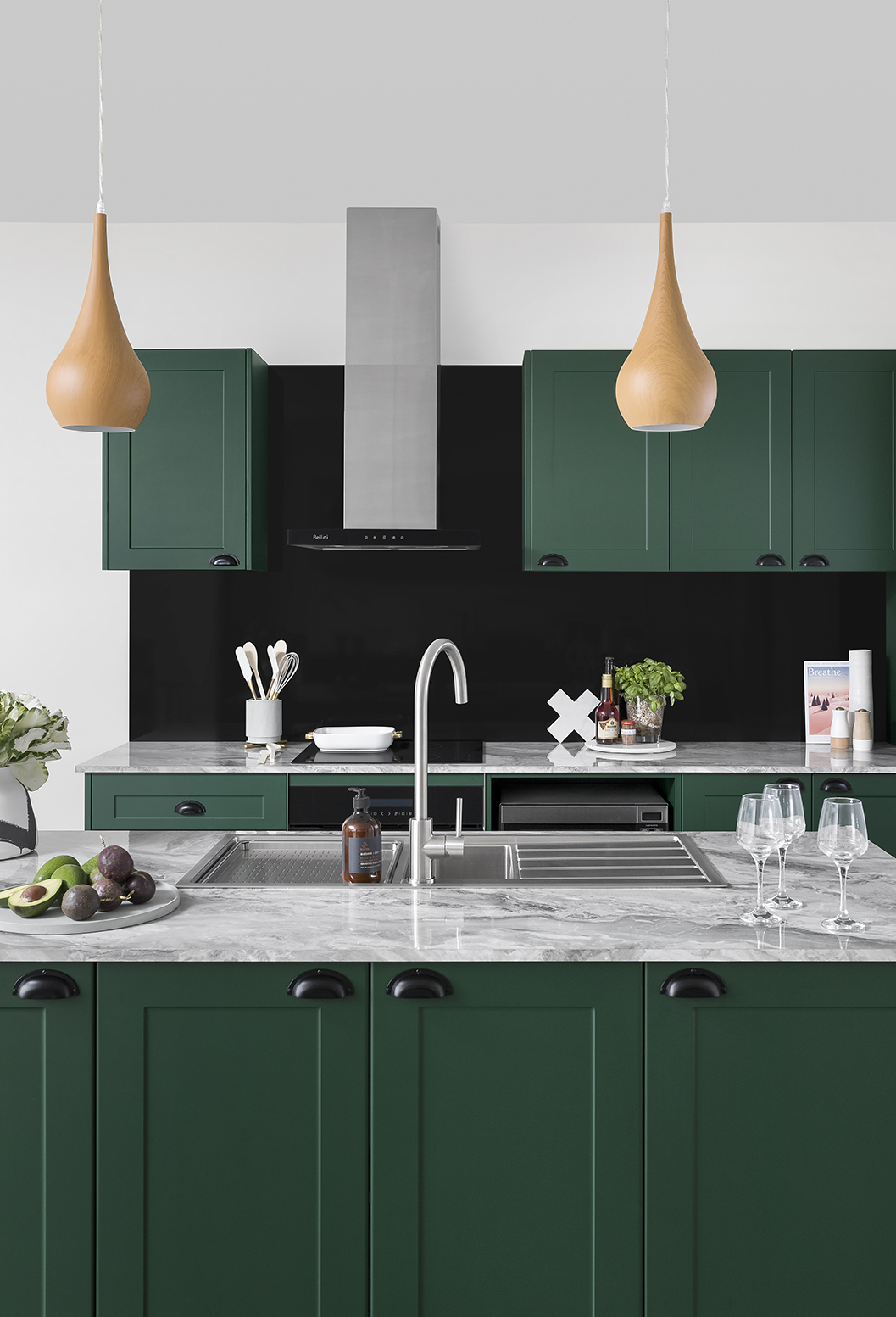 Elegant Evergreen Kitchen Inspiration And Ideas