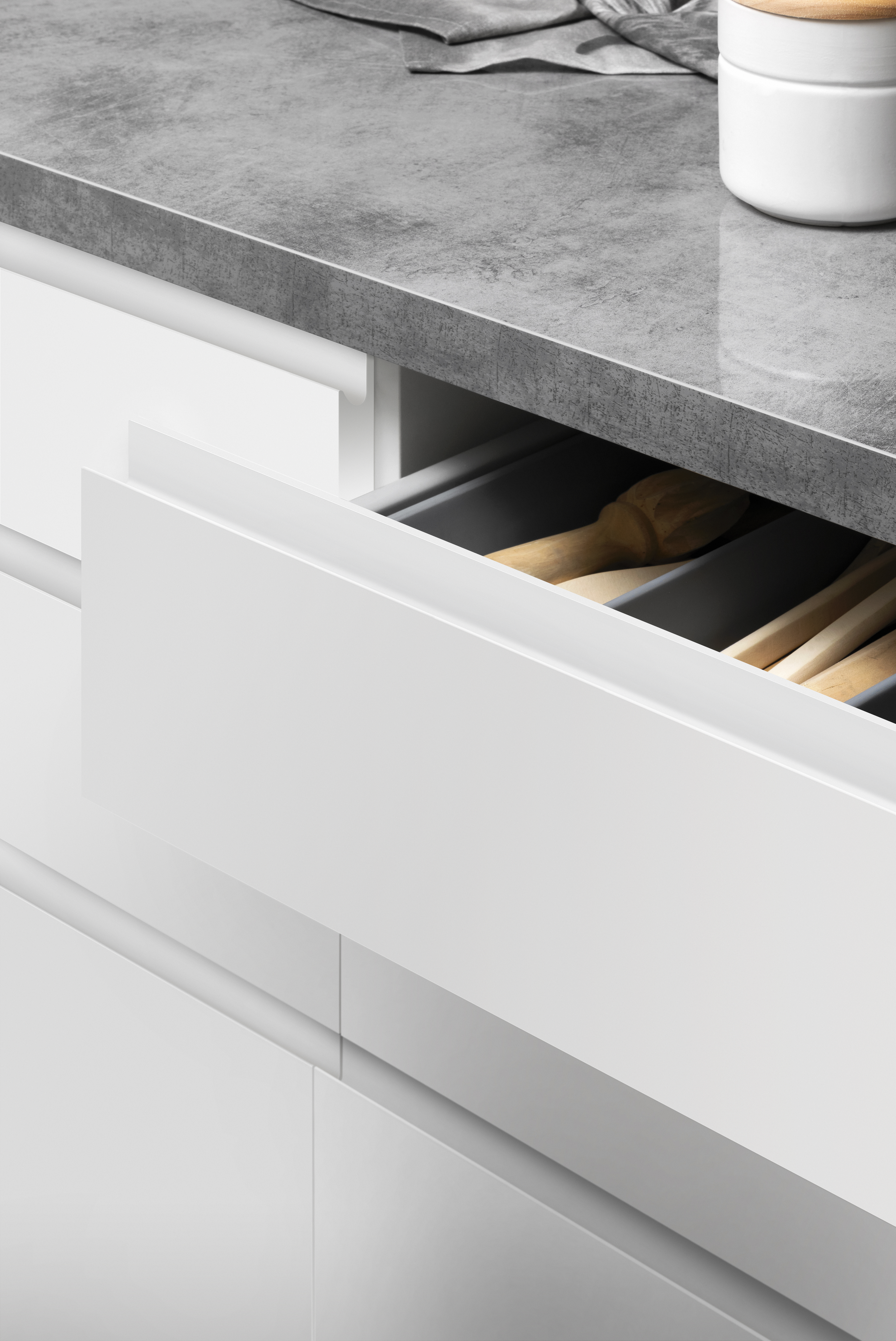 Get The Handle Less Look Kaboodle Kitchen