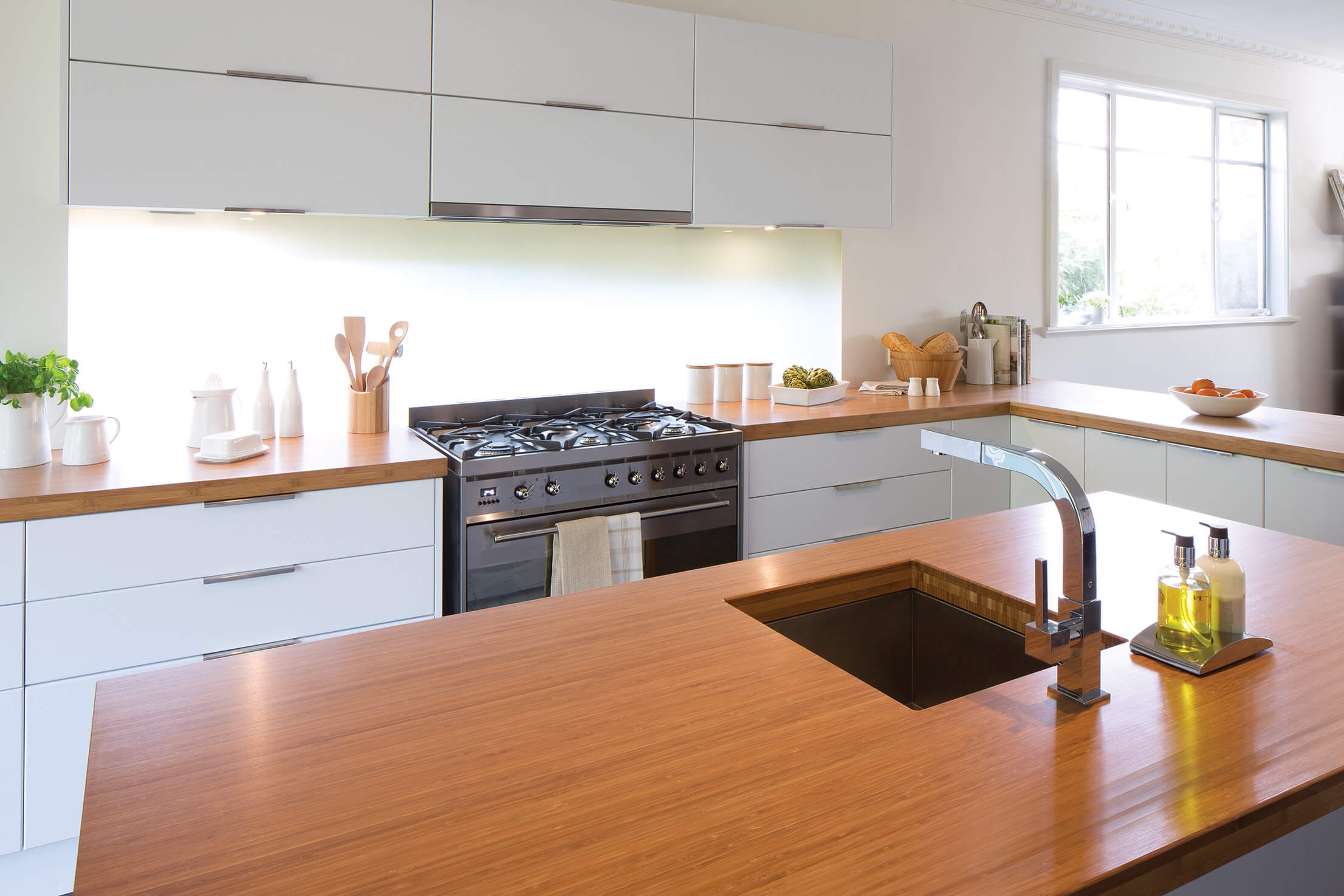 Kitchen gallery beautiful on the inside and out for Bunnings kitchen designs